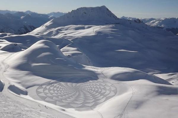 他走過的路會留下美麗的雪花痕跡!6-600x398